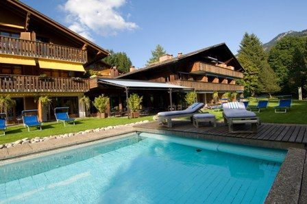 "../../holiday-hotels/?HolidayID=78&HotelID=103&HolidayName=Switzerland-+Gstaad+%2D+Spectacular+Landscapes+-&HotelName=Hotel+Alpine+Lodge+3%2A%2C+Gstaad"">Hotel Alpine Lodge 3*, Gstaad"