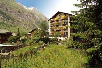 "../../holiday-hotels/?HolidayID=8&HotelID=12&HolidayName=Switzerland-+Zermatt+%2D+Home+of+the+Matterhorn-&HotelName=Hotel+Europe+Zermatt"">Hotel Europe Zermatt"