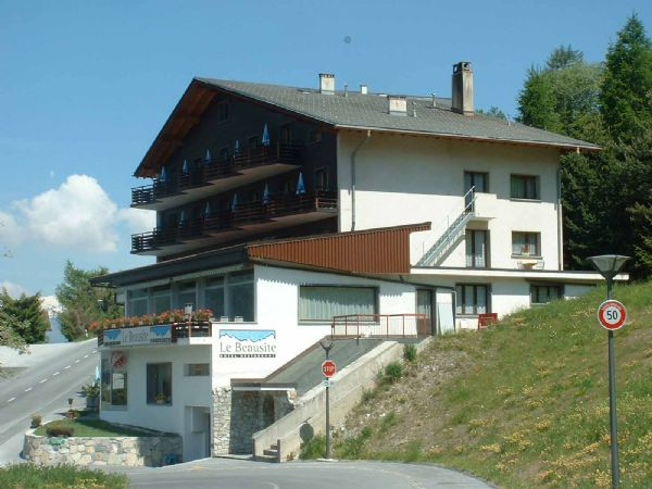"../../holiday-hotels/?HolidayID=9&HotelID=13&HolidayName=Switzerland-+Val+d%27Anniviers+%2D+Hidden+Valley+-&HotelName=Hotel+Le+Beausite"">Hotel Le Beausite"