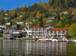 "walking-holidays-accommodation-details.asp?HolidayID=174&HotelID=214&HolidayName=Norway-Into+the+Fjords+%2D+1+week+with+Ulvik-&HotelName=Strand+Hotel+%2D+Standard+Grade"">Strand Hotel - Standard Grade"